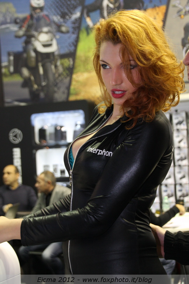 eicma girl interphone